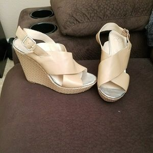 Jessica Simpson 8.5 Beige and Silver Wedges